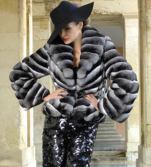 Новая коллекции мехового дома MANZARI LUXURY FURS на Неделе моды в Москве