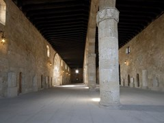Большая комната в Археологическом музее Родоса, Греция.