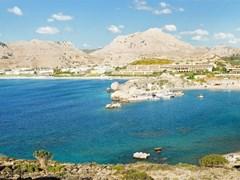 Панорамный вид на бухты Kolimbia на Родосе. Греция