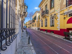 37_Traditional-houses-in-Plaka,Athens-(5)