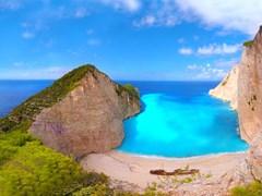Панорама на пляж Навагио и бухта корабликрушения, Греция