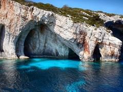 Скалы остров Закинф