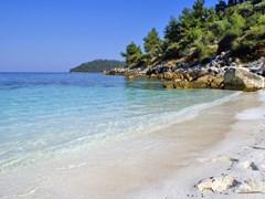 Красивый пляж острова Закинф вблизь Занте, Греция