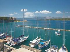 Старый порт в Керкире, остров Корфу