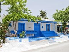 Обычный старый дом в деревне острова Кос