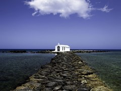 46_Chapel-in-Georgioupoli,-Crete,-Greece.