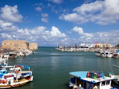 60_Port-of-the-city-of-Iraklion-and-kind-on-the-Venetian-port-with-a-fortress