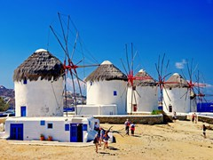 03_Windmills-of-sunny-Mykonos-(Greece,-Cyclades)