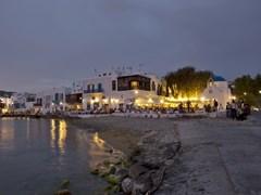 17_People-at-restaurants-on-the-beautiful-beach-of-Mykonos,-Greece