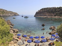 16_Area-of-Anthony-Quinn-Bay