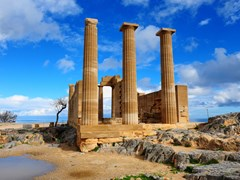 23_Ancient-Temple-on-The-Beach-of-The-Greek-Island-of-Rhodes