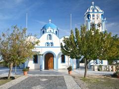 09A-church-on-the-island-of-Santorini,-Greece.