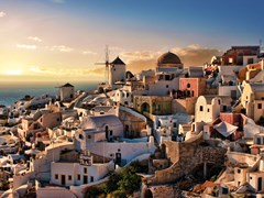 10_Beautiful-evening-dusk-in-Oia-village-Santorini-island-Greece