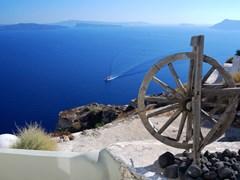 34_Landscape-with-caldera-from-Oia-village,-Santorini