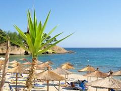 11_Beach-ready-for-summer-season