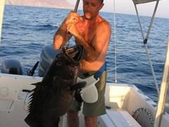 Морская рыбалка на моторном катере