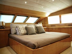Istion_-Yachting_ProjectSteel-ga