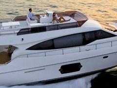 Istion-Yachting-Ferretti550-c
