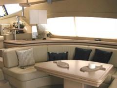 Istion-Yachting-Ferretti550-fb