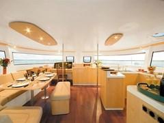 Istion_Yachting_Salina48_b