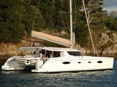 Istion_Yachting_Salina48_f