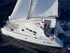 Istion_Yachting_lagoon380-c