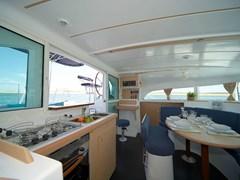 Istion_Yachting_lagoon380-i
