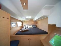 Istion_Yachting_lagoon380-k