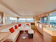 Istion_Yachting_lagoon450-k