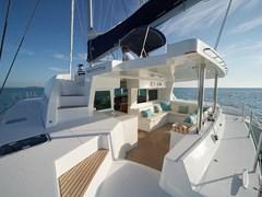 Istion-Yachting-Lagoon500-g