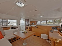 Istion-Yachting-Lagoon500-h