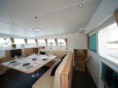 Istion-Yachting-Lagoon500-i