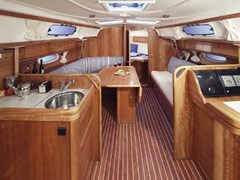 Istion_Yachting_Bavaria33-b