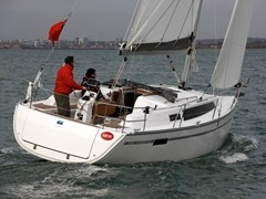 Istion_Yachting_Bavaria33-d