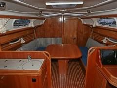 Istion_Yachting_Bavaria33-g