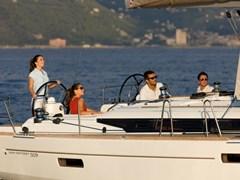 Istion_Yachting_Sun-Odyssey-509-i