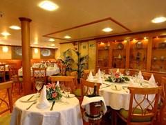 Panorama II Dining area