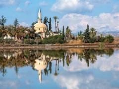 Мечеть возле Соляного озера