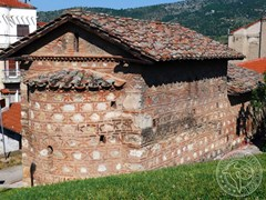 Маленький храм в Касторье