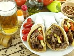 Гірос - грецький сендвіч