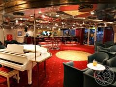 Бар-ресторан круизного корабля