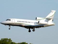 Falcon - 900 в повітрі