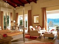 Romantic Villa Private Pool & Garden, 1st Row
