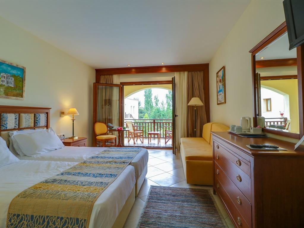 Aegean Melathron Thalasso Spa Hotel - 35