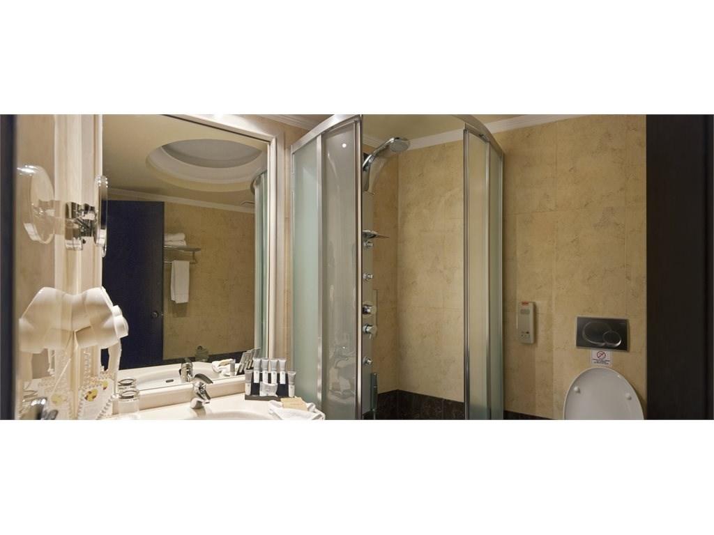 La Marquise Luxury Resort Complex - 30
