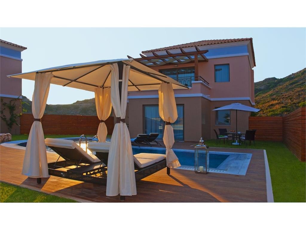 La Marquise Luxury Resort Complex - 21