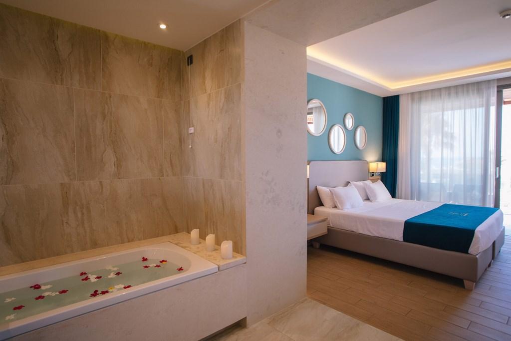 Almyros Beach Resort & Spa - 69