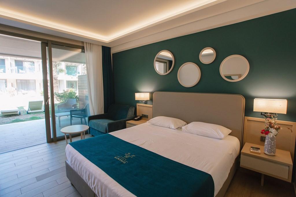 Almyros Beach Resort & Spa - 35