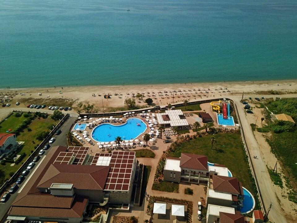 Almyros Beach Resort & Spa - 3