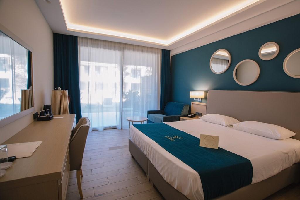 Almyros Beach Resort & Spa - 46